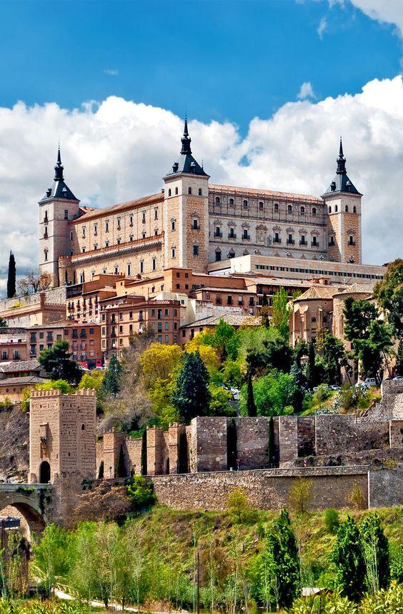 قلعة الكازار