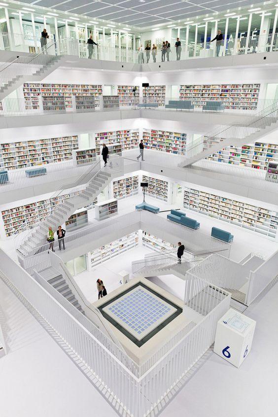 مكتبة مدينة شتوتجارت