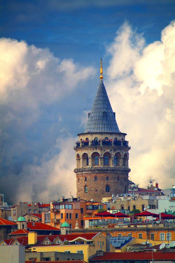 برج غلطة باسطنبول