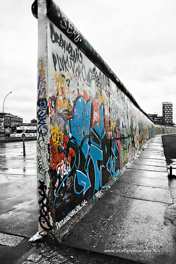 معرض الجانب الشرقى في برلين