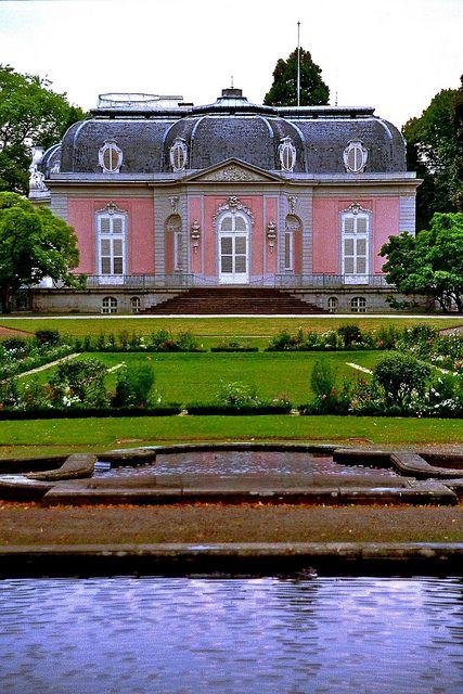 قصر بنراث