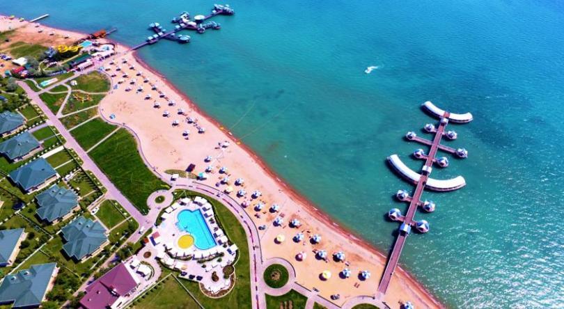 "Hotel Resort ""Karven Four Seasons"""