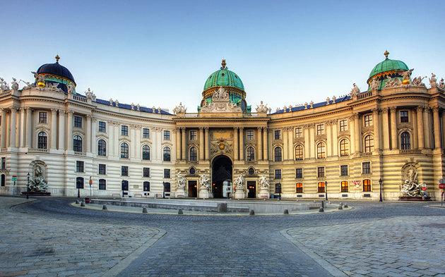 القصر الأمبراطوري هوفبورغ