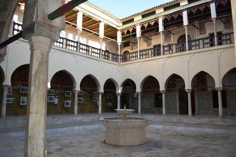 قصر الباي