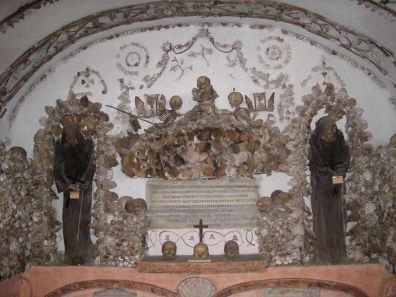 مقبرة الرهبان الكبوشيين