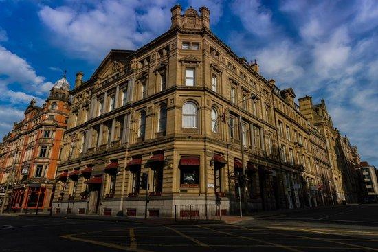 فندق السير توماس