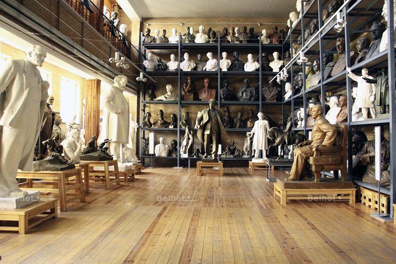 متحف azgur