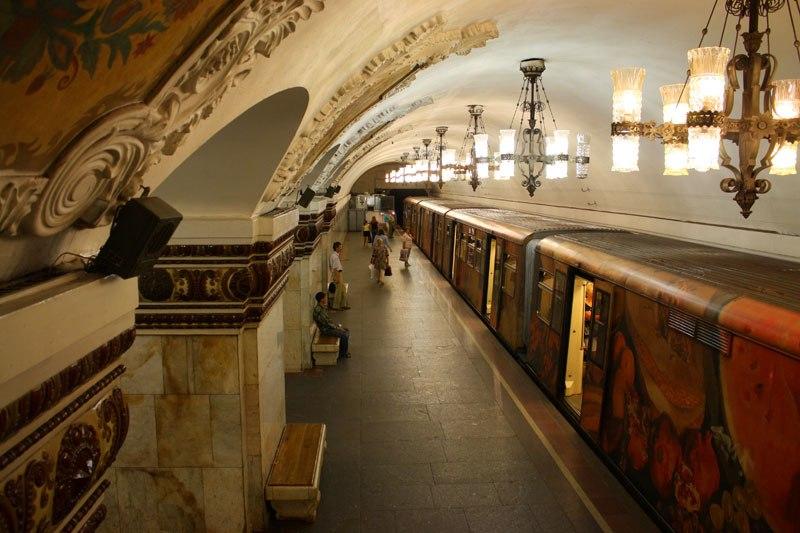 محطات المترو القديمة فى موسكو