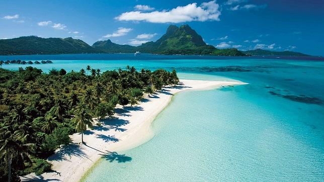 جزر كايمان بالصيف