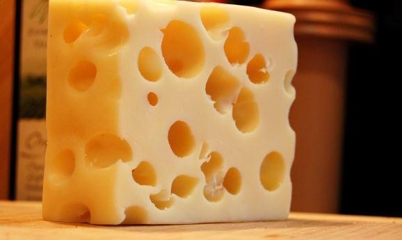 الجبن السويسرى