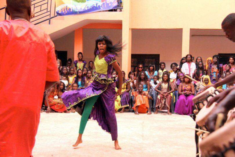 الرقص السنغالى