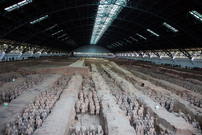 جيش تماثيل الطين