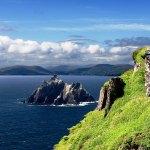 دليلك السياحي إلى أيرلندا.. تلال خضراء، قلاع مهيبة وقرى مذهلة