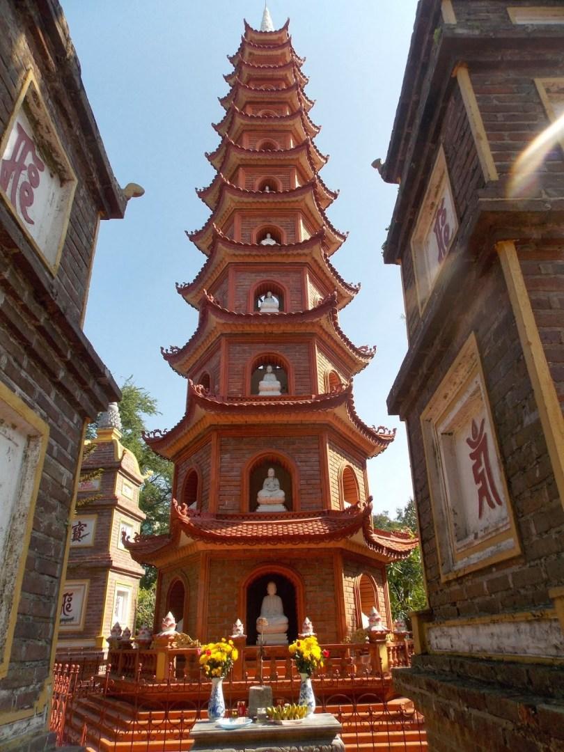 معبد Bach Ma