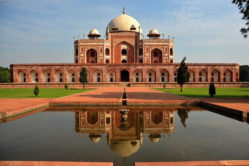 دليلك لزيارة مدينة دلهي: عليك زيارة هذه الأماكن لتستمتع برحلة لا تُنسى في الهند!