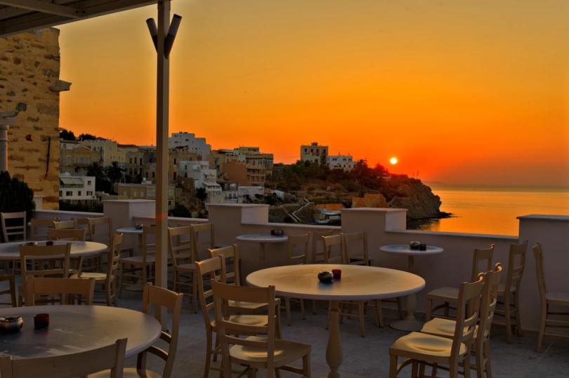 فنادق جزيرة أندروس