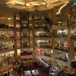 أفضل المولات و مراكز التسوق في اندونيسيا