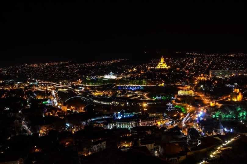 السفر إلى تبليسي