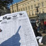 8 من أشهر الحيل السياحية في باريس وكيف يمكن تجنبها