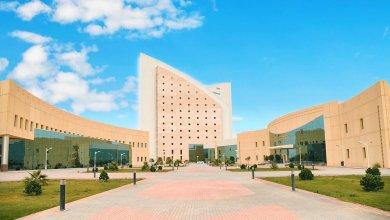 Photo of جامعة نجران تسلم وثائق خريجي الفصل الصيفي عبر البريد الممتاز