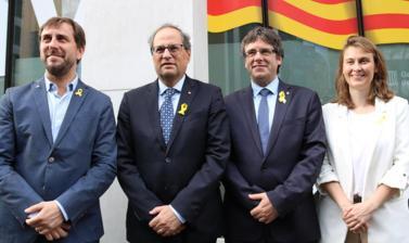 Quim Torra, Carles Puigdemont, Meritxell Serret i Toni Comín, a Brussel·les