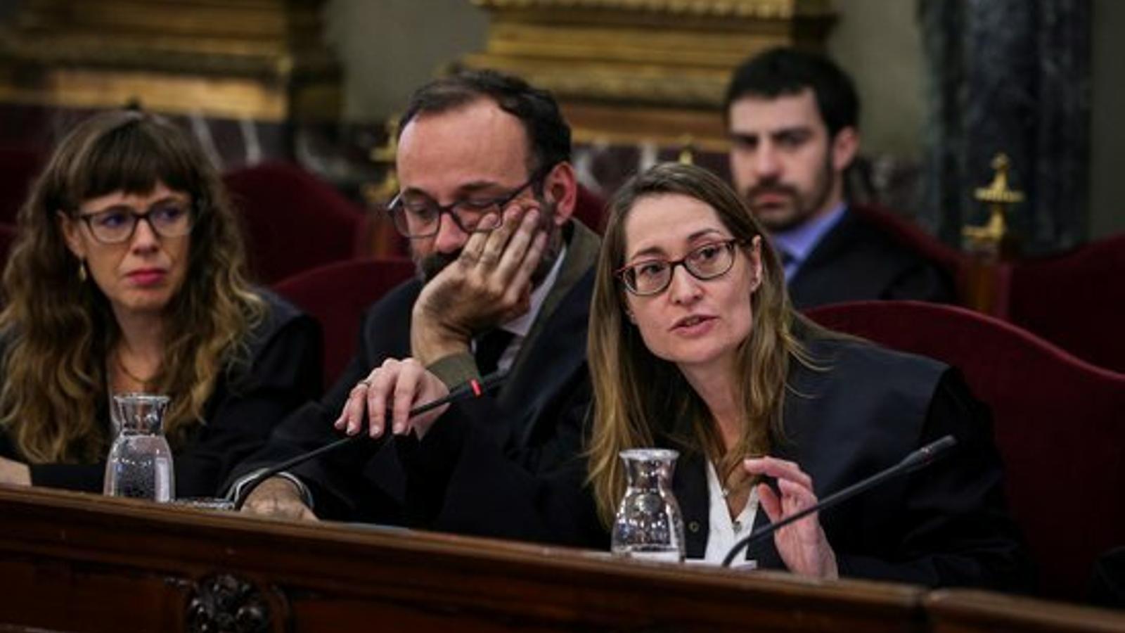 """El Consell de l'Advocacia Catalana troba """"impropi"""" que el Suprem """"desqualifiqui"""" la defensa de Cuixart"""