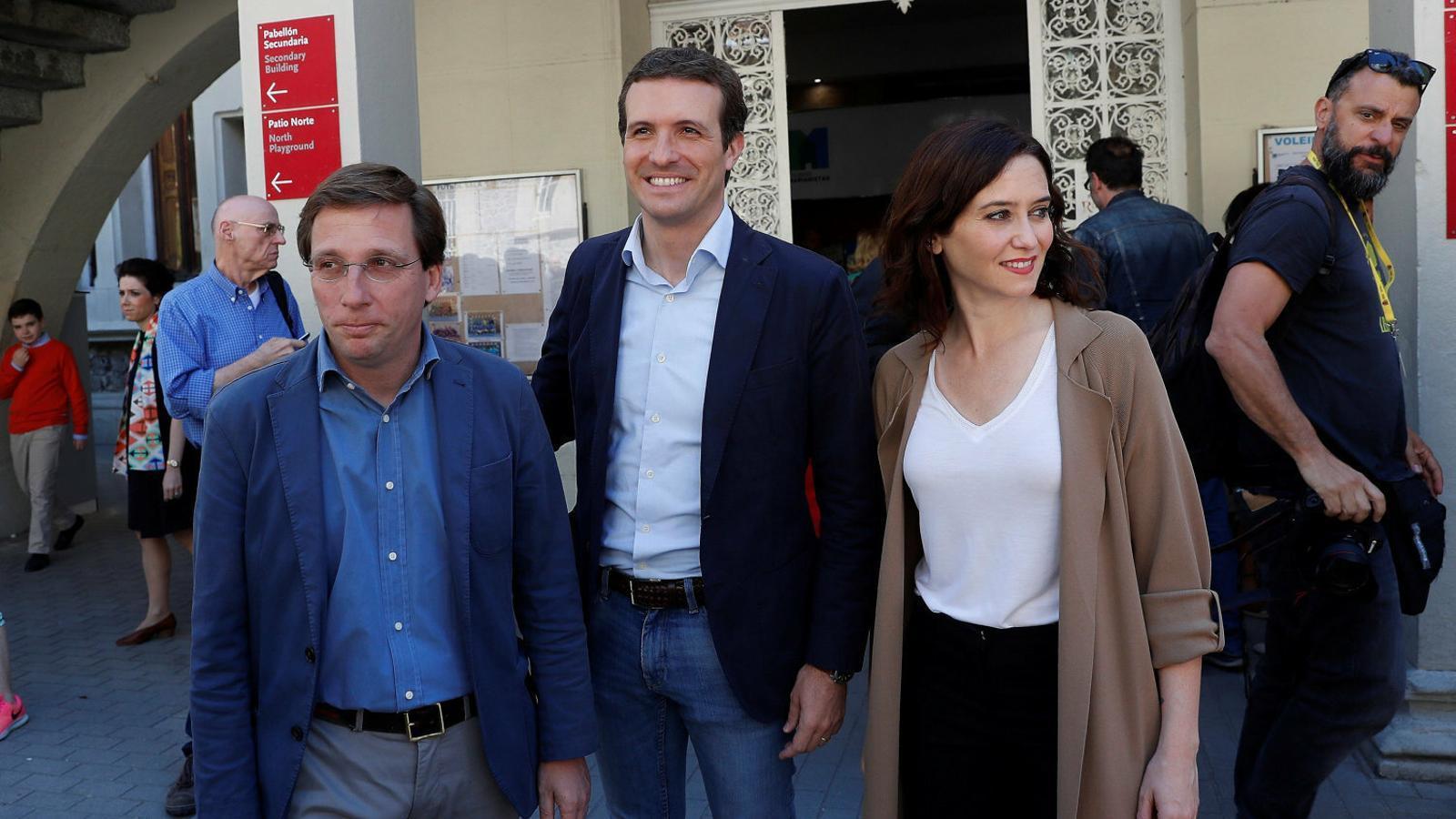 El PP evita el 'sorpasso' de Cs i somriu a Madrid