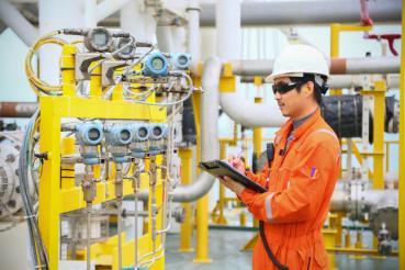 oil process Operator