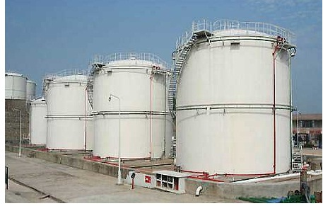 Crude Storage Tanks