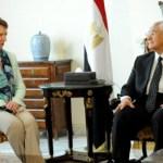 آشتون: تأسف لعدم لقاء مرسي وتطالب بإطلاق سراحه