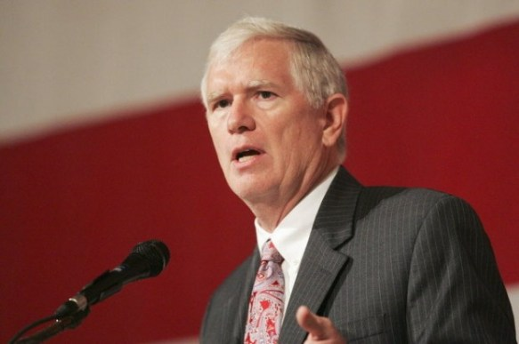 Rep. Mo Brooks Rudely Rejects Iftar Invitation #HummusHaters