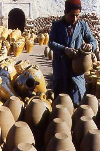 the wonderful world of tunisian ceramics