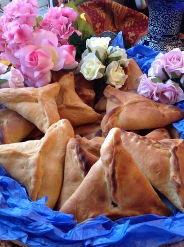 Fatayer Laban Ma' Qawarma - Yogurt Pies with Qawarma