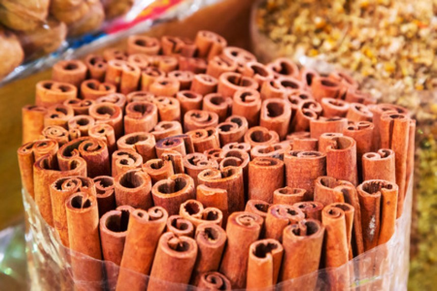 The Health Benefits of Cinnamon in the Arab American Kitchen