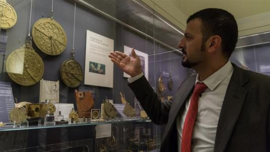 Syrian Refugees Guide their Way to Integration in Oxford Museum
