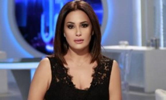 Sabry the 1st Arab Actress to Win Starlight Cinema Award from VIFF