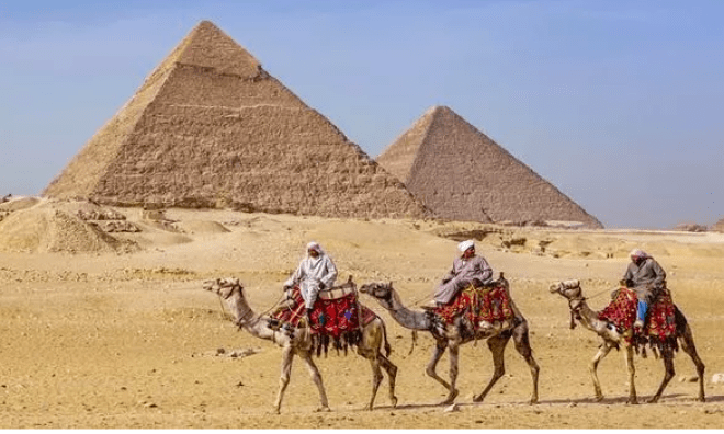 Ancient Egypt Discovery: 4,500-Year-Old Lebanese Pots Shed Light on Pyramid Builders' Life