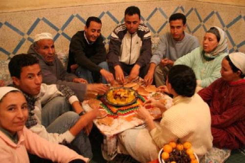 The Importance of Respect and Manners in the Arab World