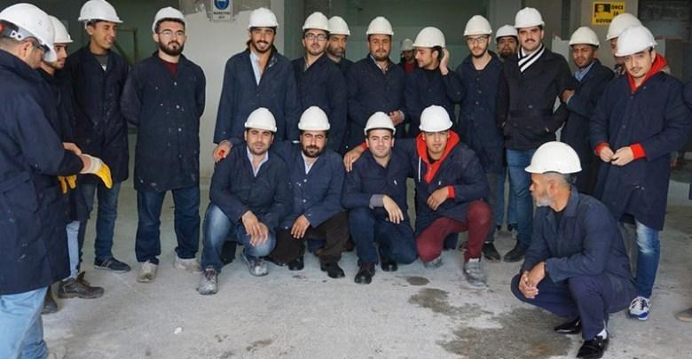 منظمة تركية تطلق برنامج تعليم مهني للسوريين 1