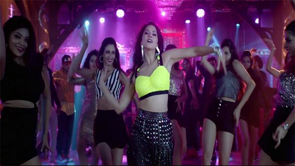 الممثلة الهندية ساني ليون
