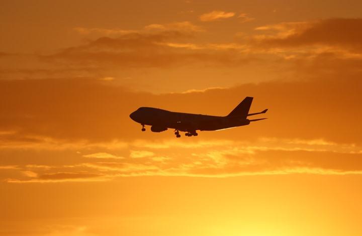 طائرة ترامب تتفادى التصادم بجسم طائر اقترب منها