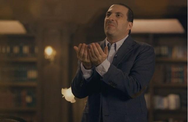 """عمرو خالد يروج لشركة """"دواجن"""".. كيف ربطها بالدين؟ (شاهد)"""