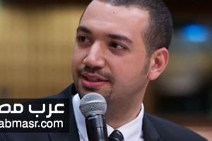 الباحث الاسلامي معز مسعود يثير الجدل بسبب صورة مع أخته غير المحجبة