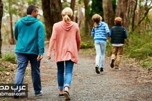 تمارين المشي للانسان هي افضل طريقة لعلاج التوتر والقلق الذي يحدث للجسم