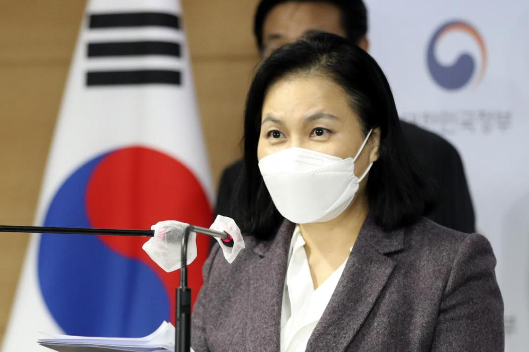 South Korea's trade minister drops bid to become WTO chief