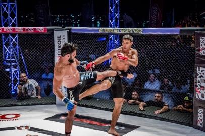 Desert Force 20 - Anas Siraj Mounir Vs. Tareq Hamdi - a8