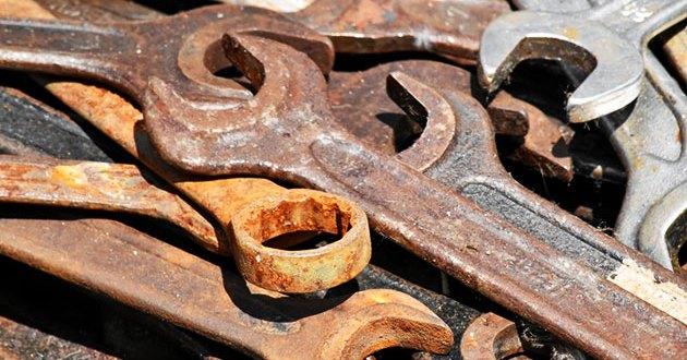 إزالة الصدأ وتآكل الحديد باستخدام مواد منزلية