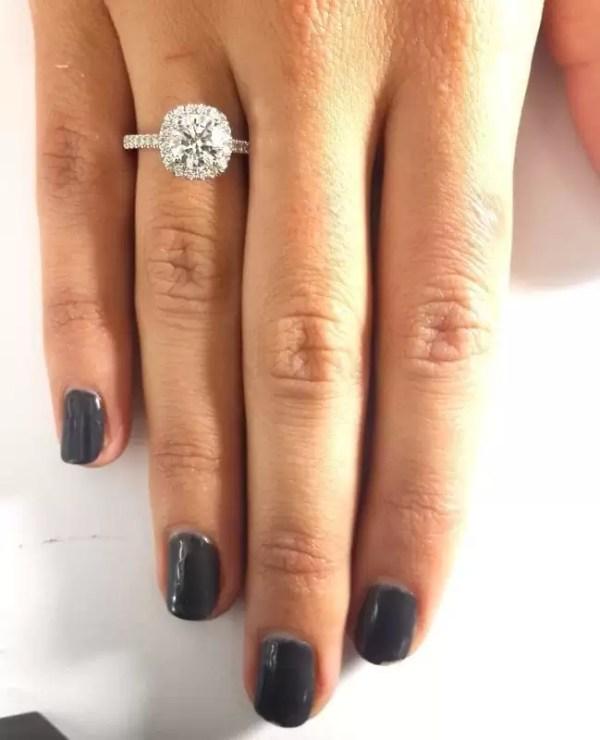 1.86 Carat Round Cut Diamond Engagement Ring 18K White Gold 2