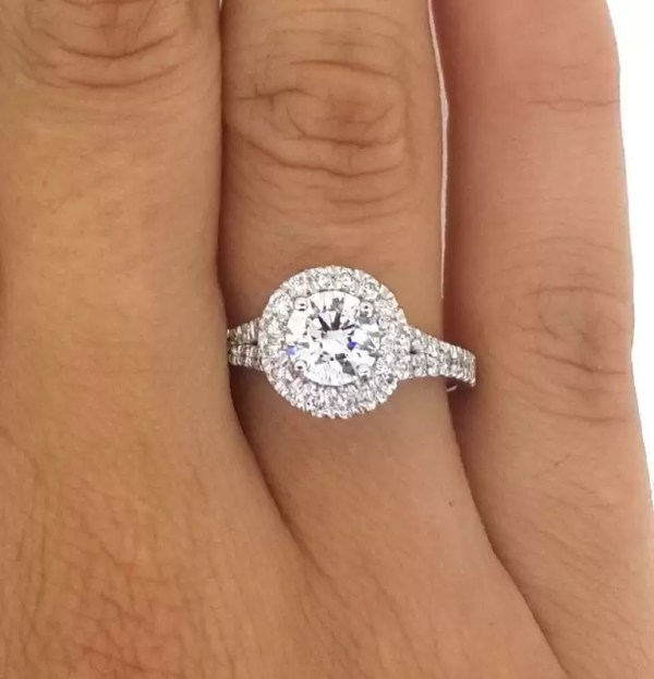 1.9 Carat Round Cut Diamond Engagement Ring 18K White Gold 2