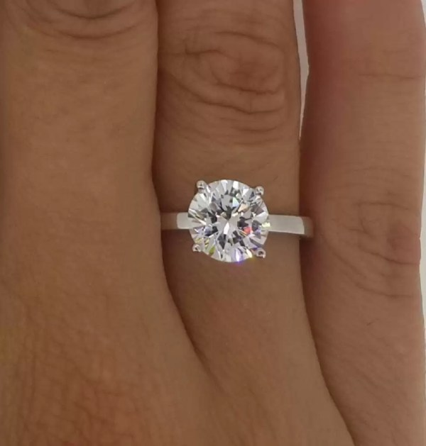 2.00 Ct Round Cut Diamond Solitaire Engagement Ring 14K White Gold 3